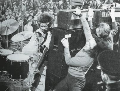 Jimi Hendrix live mit Marshall-Stack