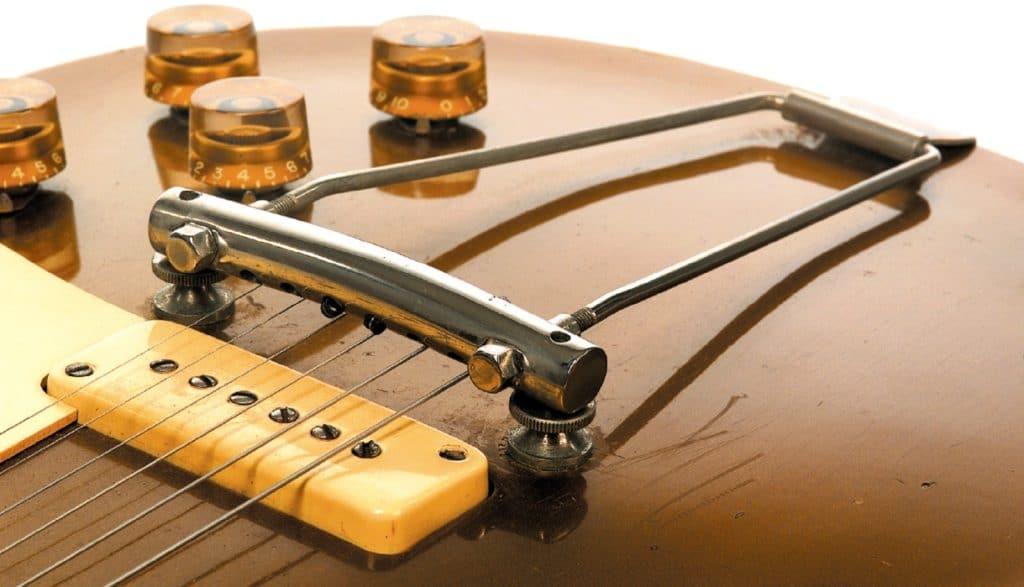 Trapez-Tailpiece einer 1952er Gibson Les Paul