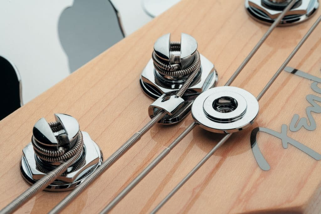 Fender American Deluxe Dimension Bass IV HH_05