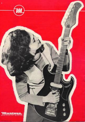 Frau mit Gitarre, DDR
