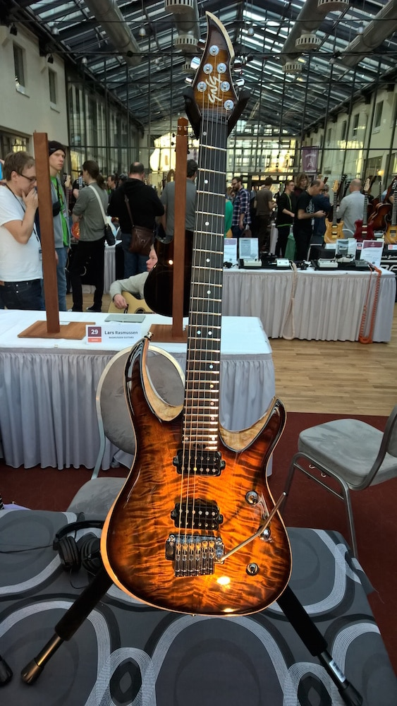Negrini Guitars2