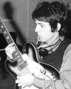 Paul mit Epiphone Casino