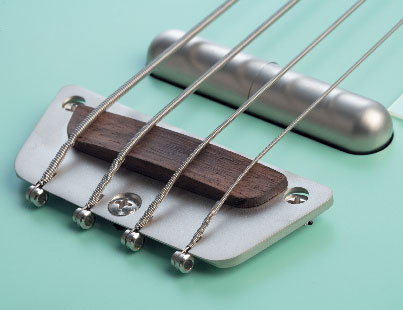 danelectro_56_single_cutaway_bass_1