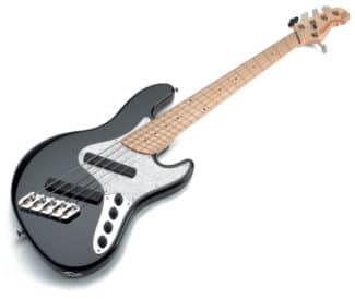 Fünf-saitiger Bass von Dingwall mit Fanned-Fred-Griffbrett, liegend