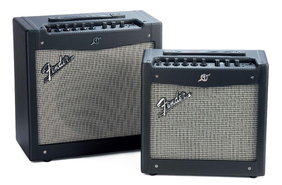 Zwei Gitarrenverstärker von Fender, schwarz/grau