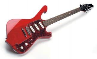 E-Gitarre von Ibanez, rot, liegend