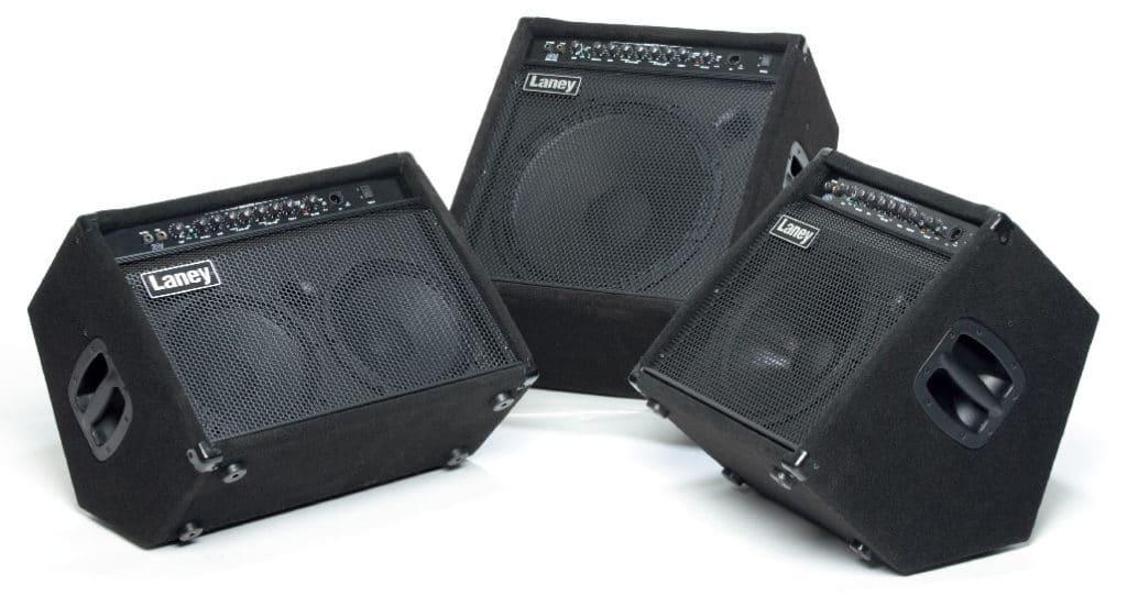 Drei Bass-Kofferverstärker von Laney, schwarz