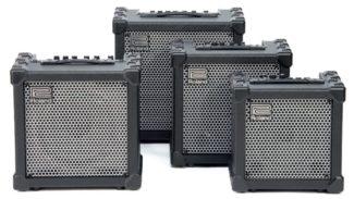 Vier Modeling-Amps von Roland in verschiedenen Größen