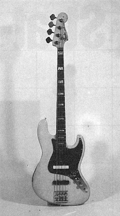 Fender Jazz Bass: Oldies unter dem Mikroskop | GITARRE & BASS