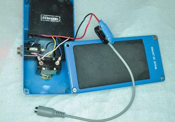 Batterie-Clip-Adapter für Vintage-Pedale ohne Netzteilanschluss