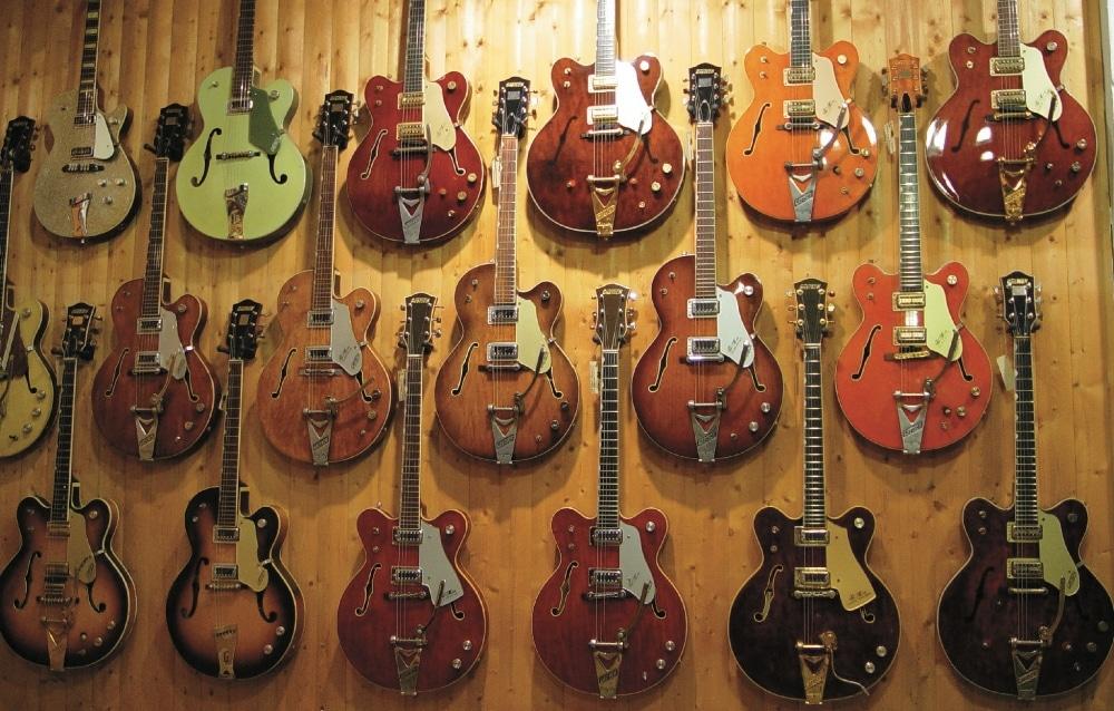 jede Menge Gretsch-Gitarren!