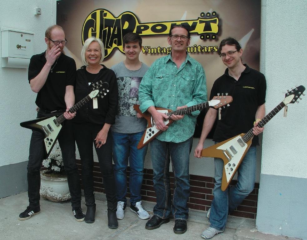 Das GuitarPoint Team: Fred, Petra, Kevin, Detlef und Robin
