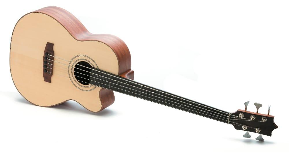 Magnus Guitars - Front
