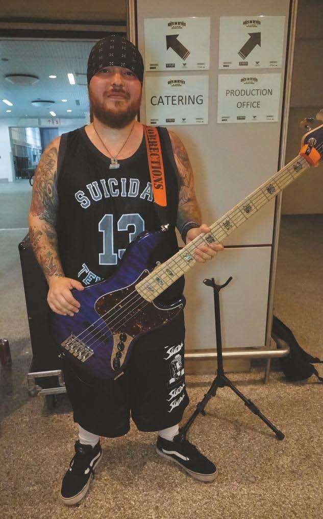 Lead-Gitarrist benötigt