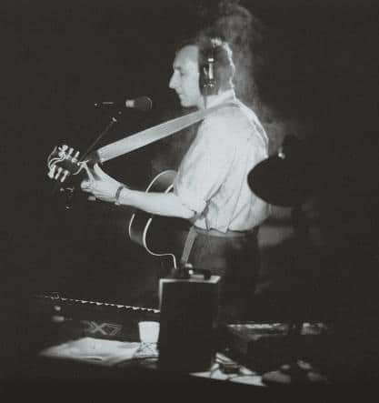 pete-townshend-mit-acoustic