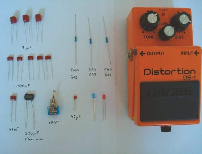 boss-distortion-ds-1-innen-material-audio-dioden-clippings