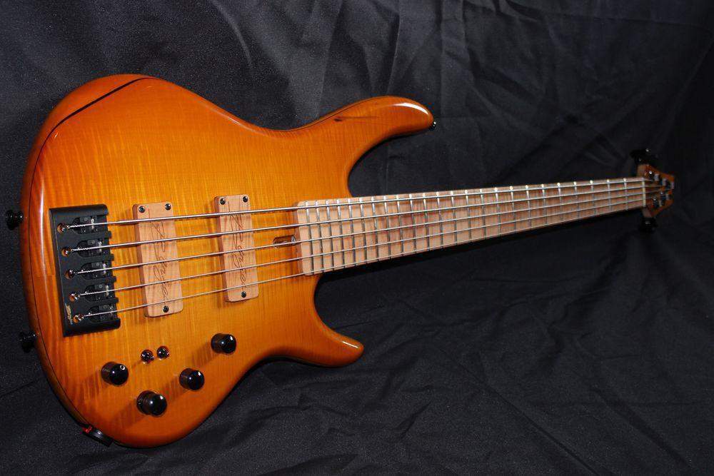 Groover 5 Homegrown Bass