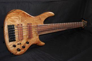 Groover 6 Homegrown bass
