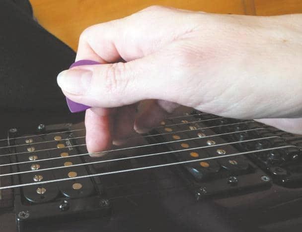 Walking Bass auf der Gitarre | GITARRE & BASS