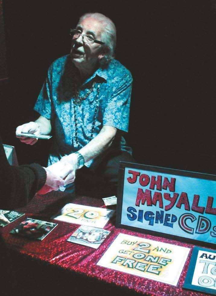John-Mayall-Merchstand