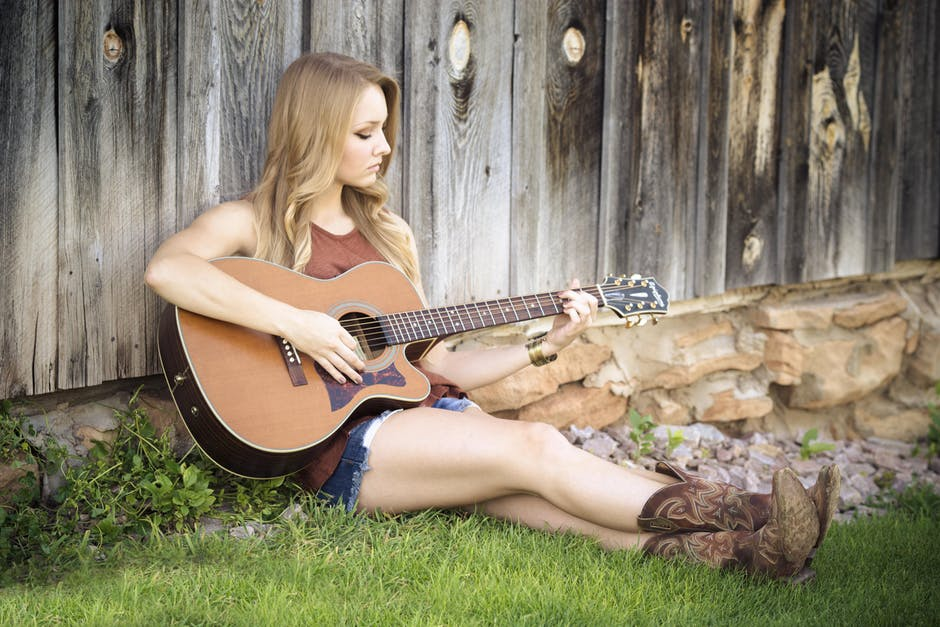 Sexy Guitar Woman Country