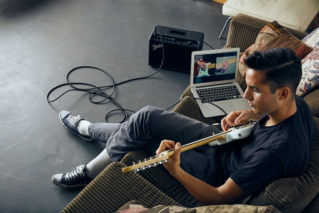 Fender-Play-1