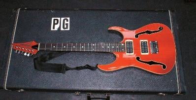 Paul-Gilbert-Gitarre-3