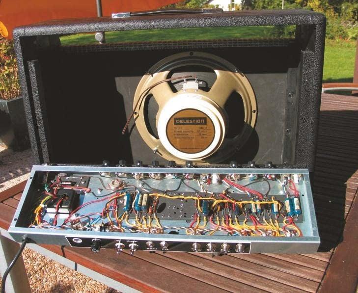 Amp Lautsprecher Fender Deluxe Reverb mit Celestion Creamback