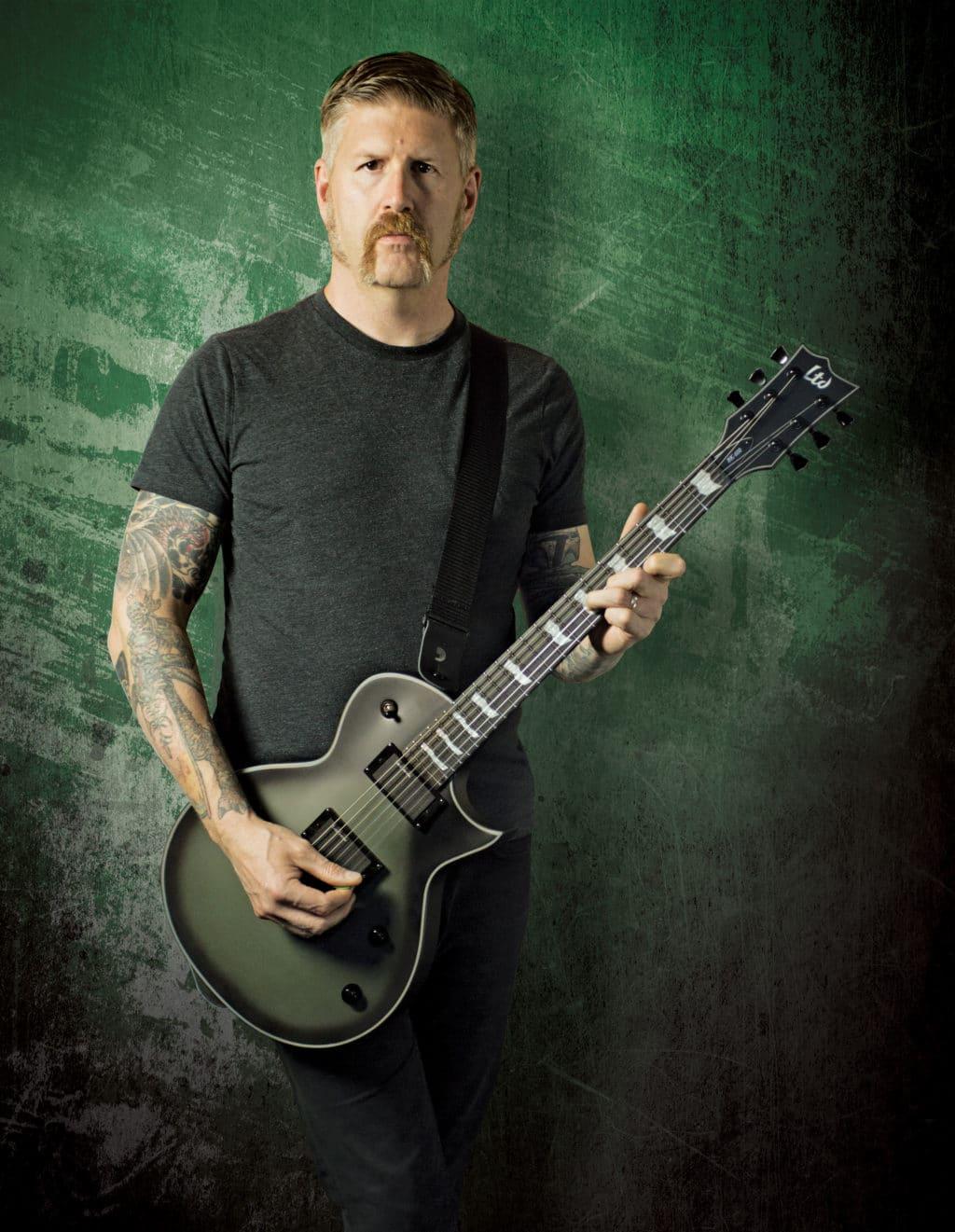 MAstoodon Gitarrist mit ESP GItarre