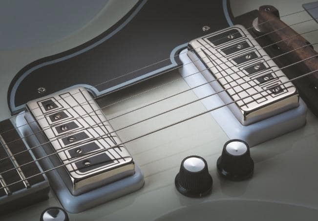 Supro-Dual-Tone-Westbury-4
