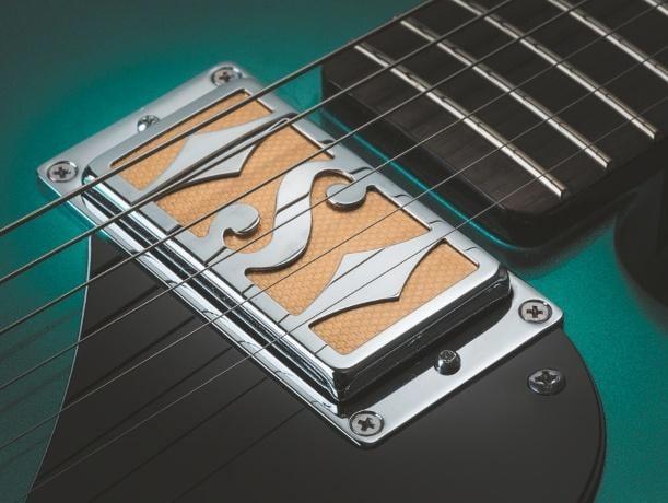 Supro-Dual-Tone-Westbury-7
