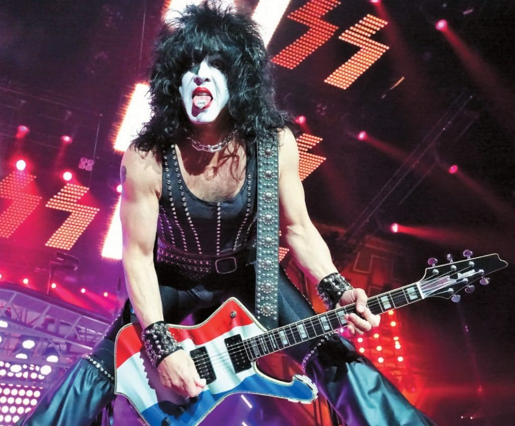 Tommy-Thayer-12