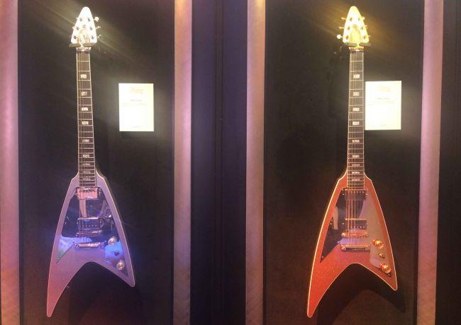 Gibson-Modern-Flying-V