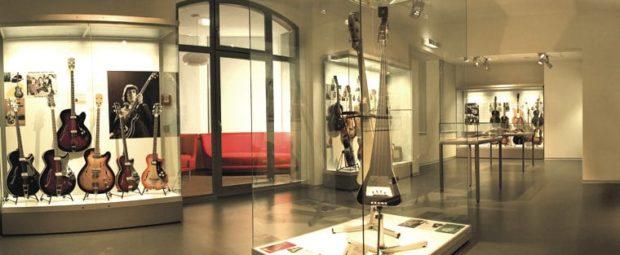 Gitarrenabteilung im Framus-Museum