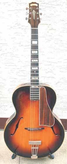 Abb.1: Eine frühe Gitarre von D'Angelico