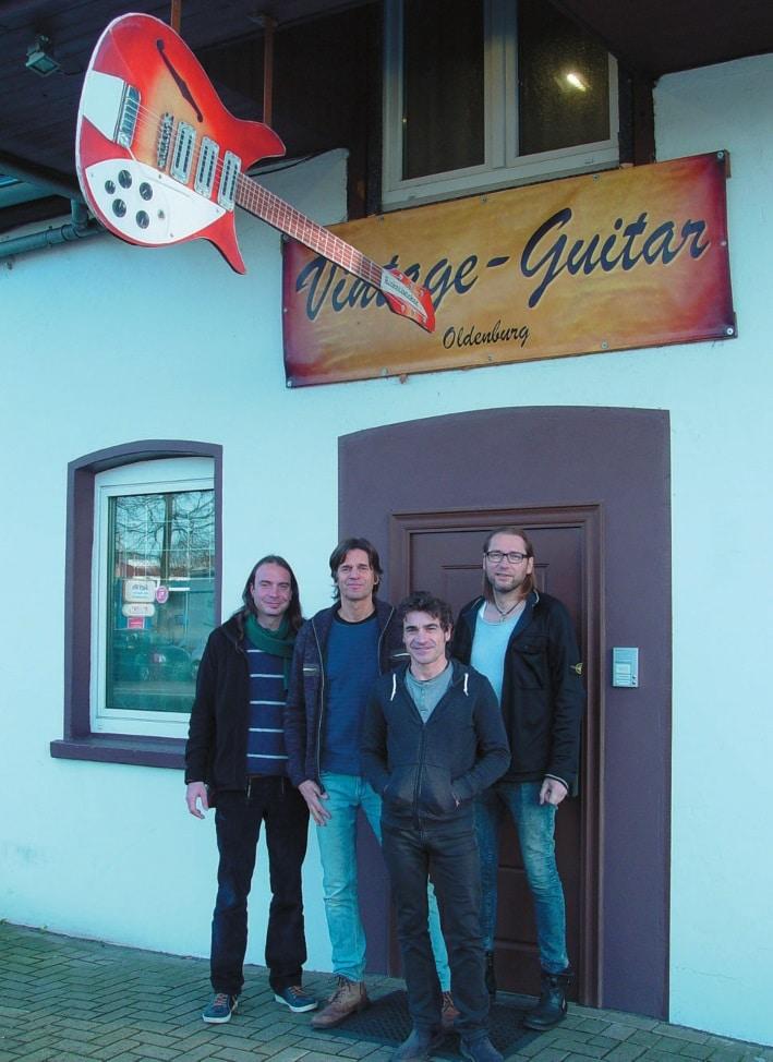 Das Team des Vintage Guitar Shop Oldenburg, v.l.n.r. Steffen, Jörn, Antonio und Hartmut.