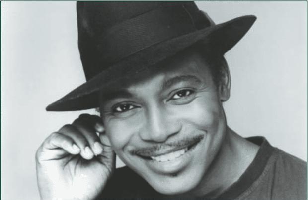 George Benson mit Hut lächelnd