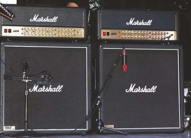 Marshall Joe-Satriani-Signature-Tops plus 4x12er-Boxen