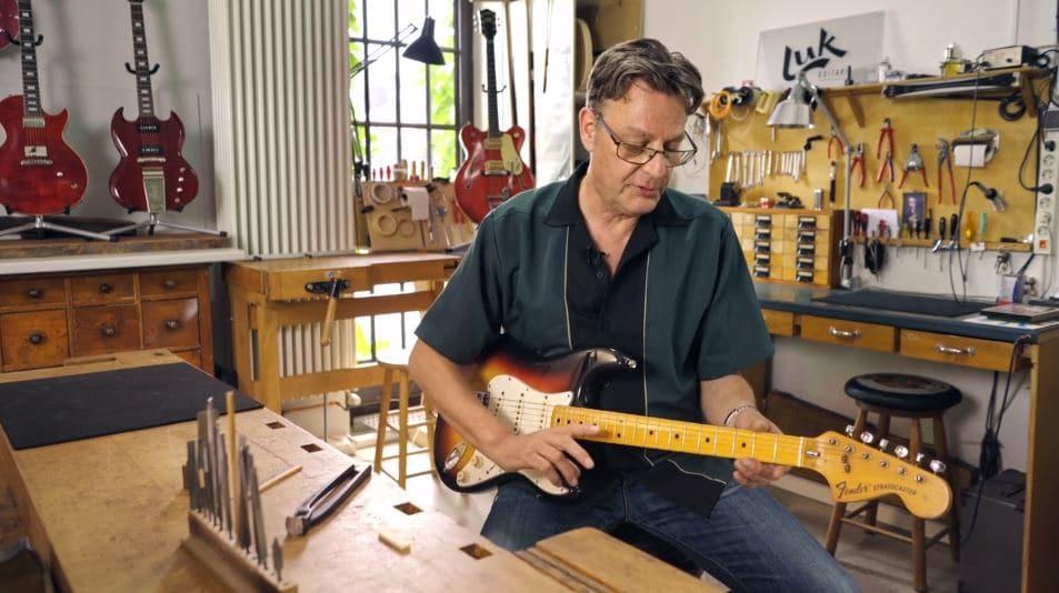 Guitar Doc Restaurierung