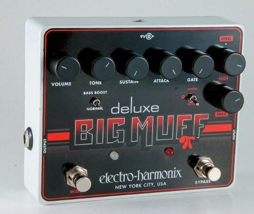 Der aktuell Deluxe Big Muff vereint viele Sounds der Muff- Geschichte in einem Gerät.
