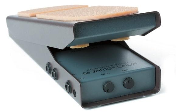 Bei der Mono-90-Variante sitzen die Anschlüsse auf der Seite.