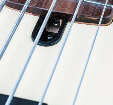 Yamaha Broadbass